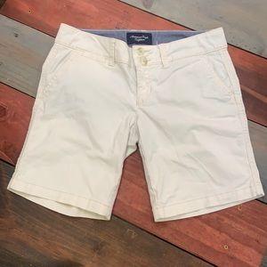 3 FOR $20 American Eagle Light Beige Shorts 00